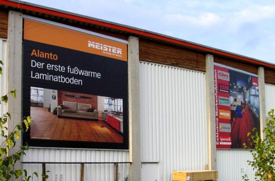 Werbe-Banner aussen